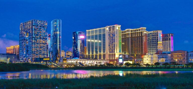 Macau's Gambling Industry Slowly Recovers in March 2021